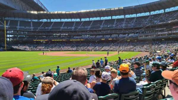 T-Mobile Park, section: 147, row: 15, seat: 10