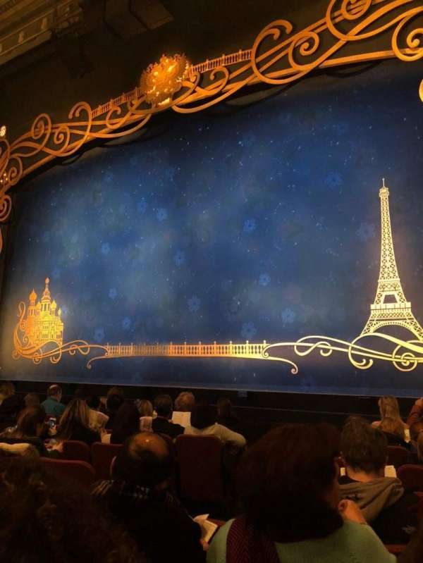Broadhurst Theatre, section: Orchestra R, row: H, seat: 6