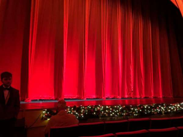 Radio City Music Hall, section: Orchestra 6, row: EE, seat: 601