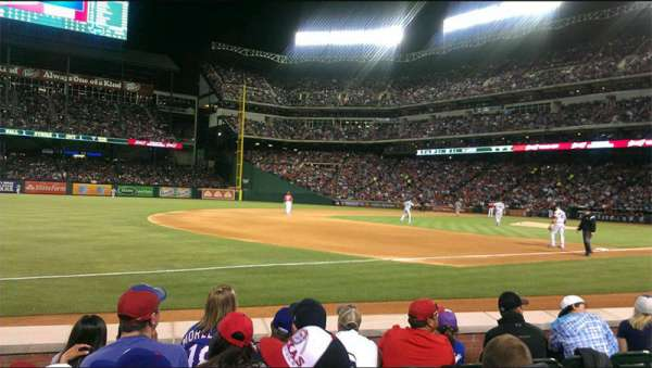 Globe Life Park in Arlington, section: 16, row: 3, seat: 16