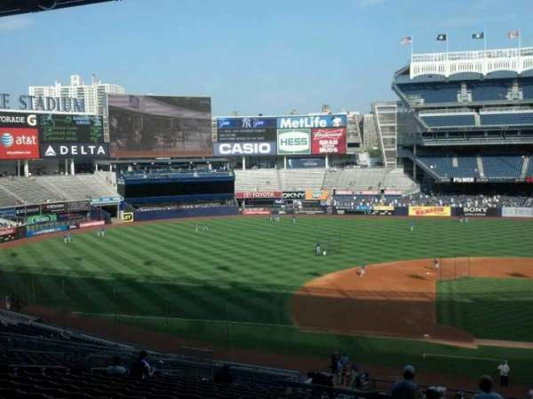 Yankee Stadium, section: 225, row: 19, seat: 2