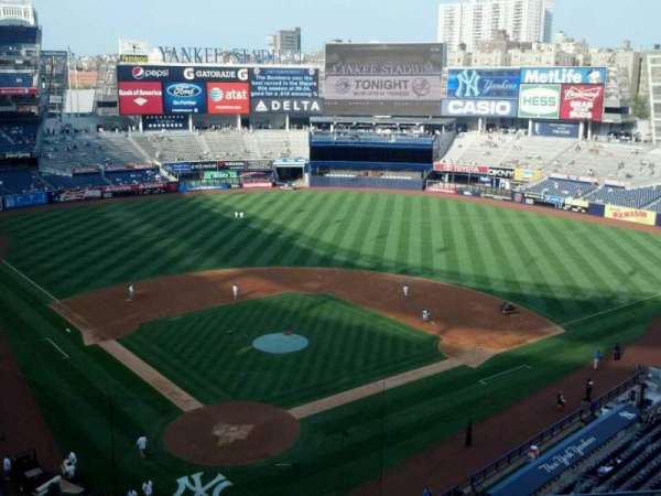 Yankee Stadium, section: 320a, row: 5, seat: 6