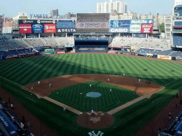Yankee Stadium, section: 320b, row: 4, seat: 12