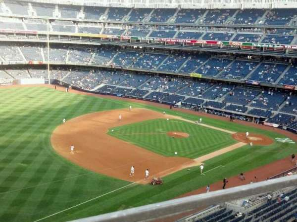 Yankee Stadium, section: 328, row: 1, seat: 24