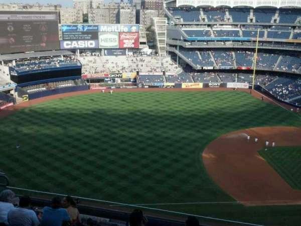 Yankee Stadium, section: 427, row: 8, seat: 7