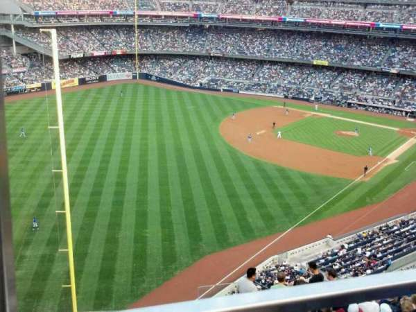 Yankee Stadium, section: 431b, row: 1, seat: 18