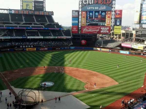 Citi Field, section: 412, row: 3, seat: 10