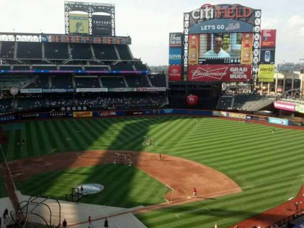 Citi Field, section: 411, row: 4, seat: 11