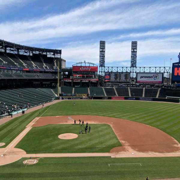Guaranteed Rate Field, section: 324, row: 2, seat: 9