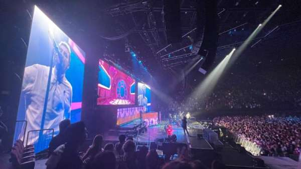 The Forum, section: 123, row: 4, seat: 7