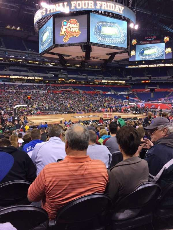 Lucas Oil Stadium, section: 115, row: EE, seat: 13