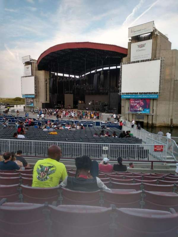 Jones beach theater, section: 3L, row: J, seat: 2