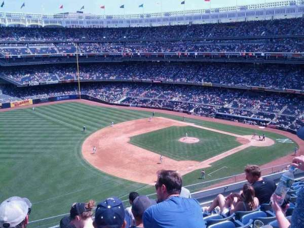 Yankee Stadium, section: 328, row: 7, seat: 24