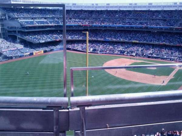 Yankee Stadium, section: 432a, row: 1, seat: 18