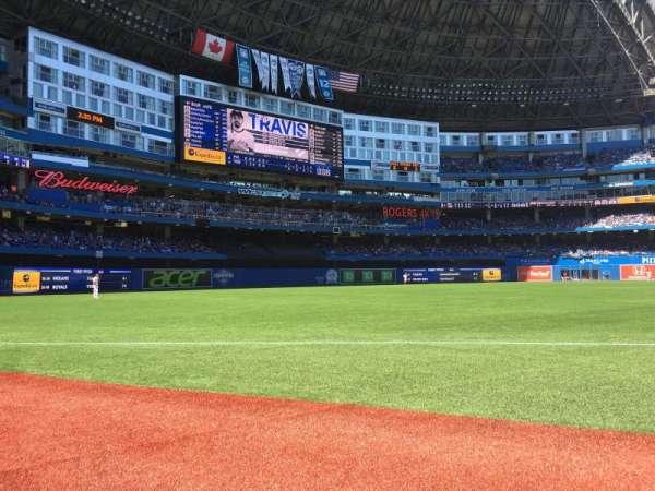 Rogers Centre, section: 130BR, row: 1, seat: 12