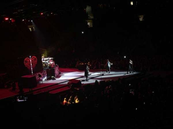 Madison Square Garden, section: 116, row: 20, seat: 3