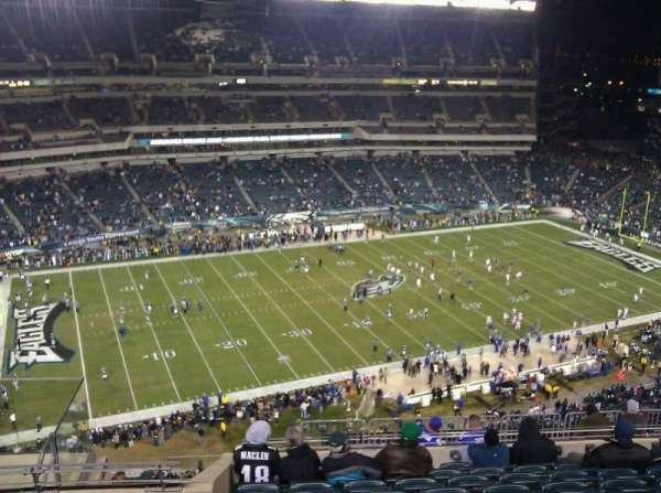 Lincoln Financial Field, section: 222, row: 14, seat: 9