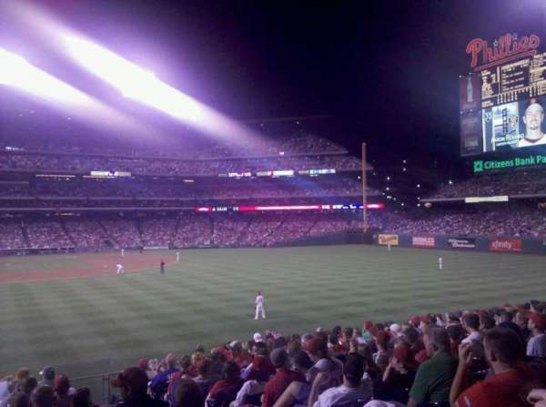 Citizens Bank Park, section: 106, row: 14, seat: 3