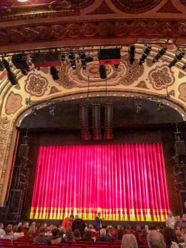 Cadillac Palace Theater, section: Orchestra C, row: Q, seat: 114