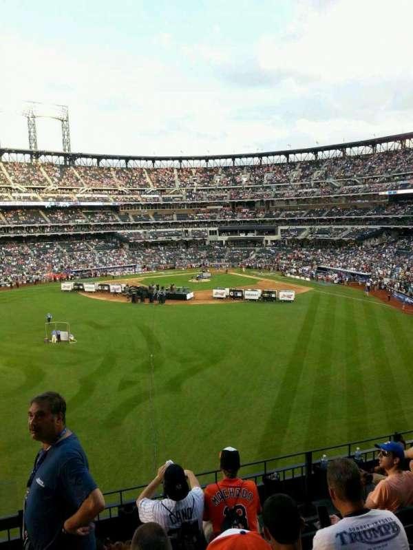 Citi Field, section: 536, row: 3, seat: 17