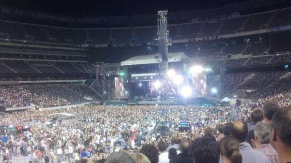 MetLife Stadium, section: 118, row: 30, seat: 26