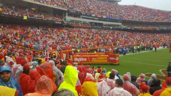 Arrowhead Stadium, section: 110, row: 9, seat: 27
