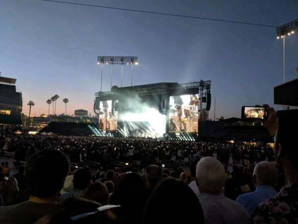 Dodger Stadium, section: 32FD, row: H, seat: 2