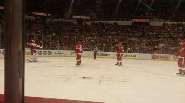 Joe Louis Arena, section: 110, row: 1, seat: 4