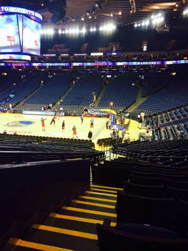 Oakland Arena, section: 112, row: 23, seat: 8