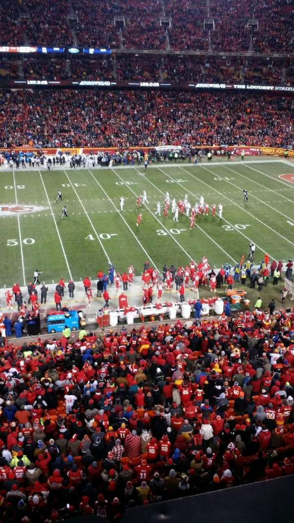 Arrowhead Stadium, section: 324, row: 1, seat: 12