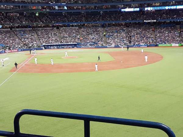 Rogers Centre, section: 208R, row: 3, seat: 1