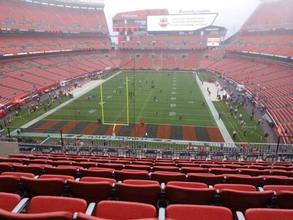 FirstEnergy Stadium, section: 348, row: 15, seat: 13