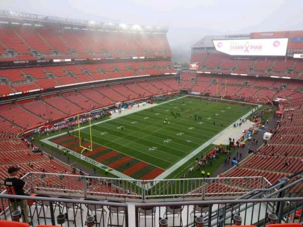 FirstEnergy Stadium, section: 525, row: 10, seat: 6