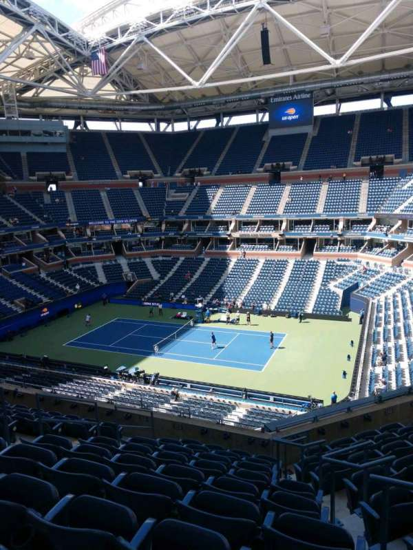 Arthur Ashe Stadium, section: 113, row: J, seat: 7