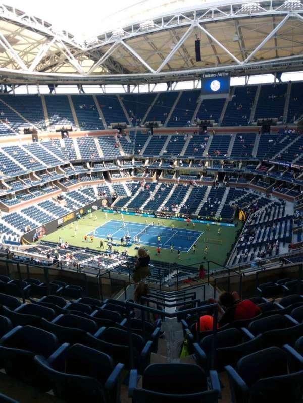 Arthur Ashe Stadium, section: 334, row: K, seat: 7