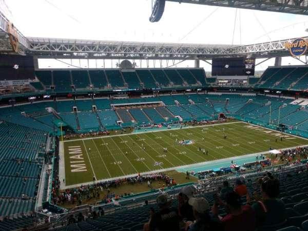 Hard Rock Stadium, section: 322, row: 26, seat: 21
