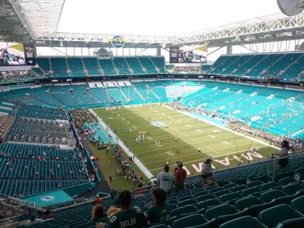 Hard Rock Stadium, section: 336, row: 22, seat: 10
