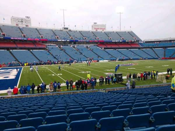 Highmark Stadium, section: 115, row: 22, seat: 10
