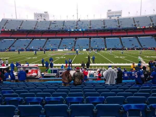Highmark Stadium, section: 133, row: 14, seat: 10