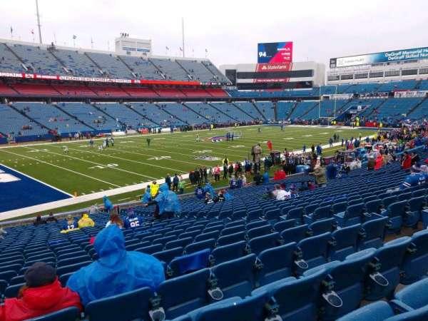 Highmark Stadium, section: 138, row: 30, seat: 8