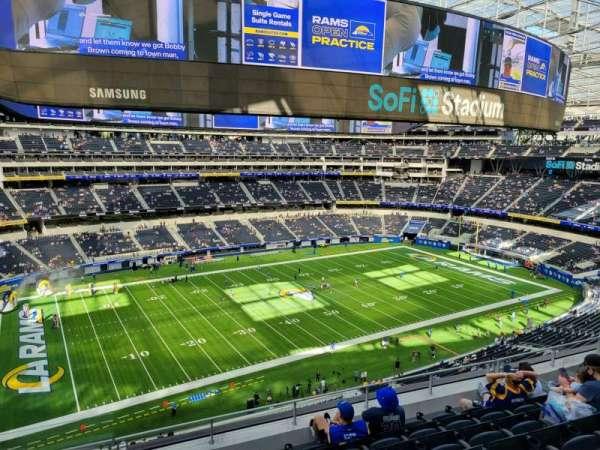SoFi Stadium, section: 318, row: 7, seat: 12