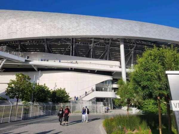 SoFi Stadium, section: entry 6