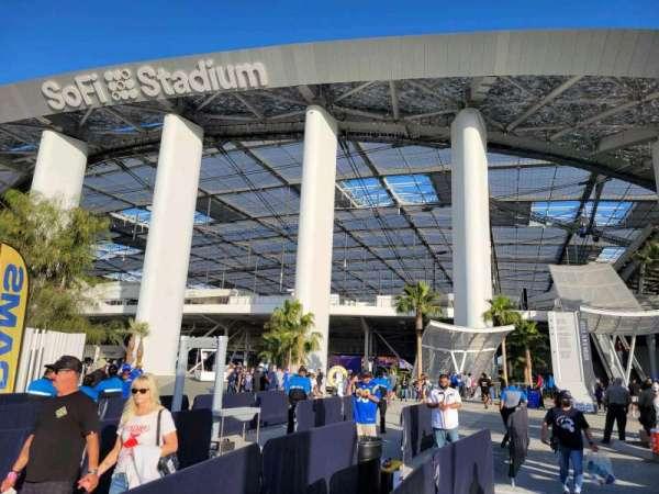 SoFi Stadium, section: entry 4
