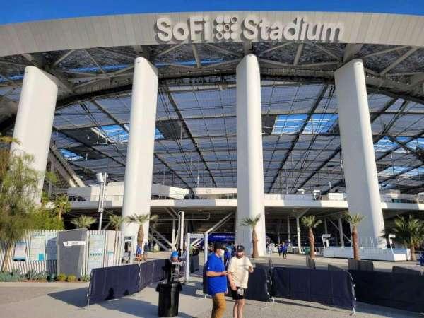 SoFi Stadium, section: entry 3