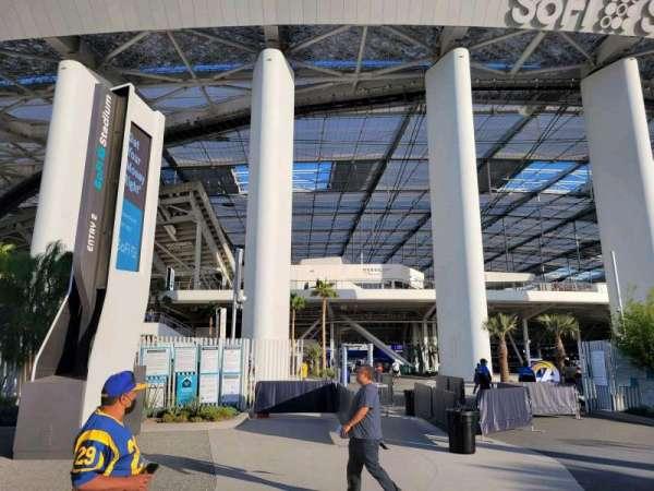 SoFi Stadium, section: entry 2
