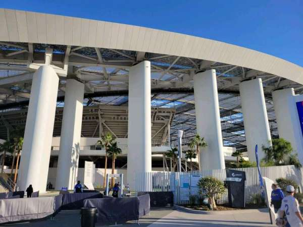 SoFi Stadium, section: entry 1