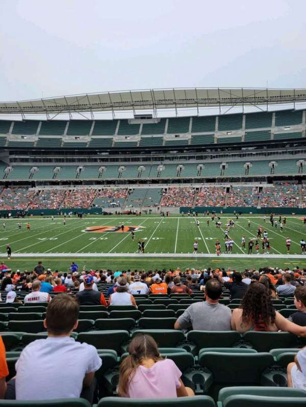 Paul Brown Stadium, section: 139, row: 28, seat: 11