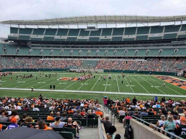 Paul Brown Stadium, section: 139, row: 32w, seat: 2