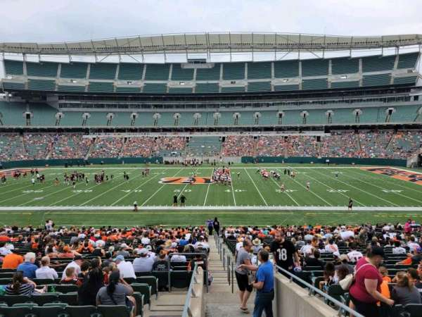 Paul Brown Stadium, section: 140, row: 32w, seat: 1