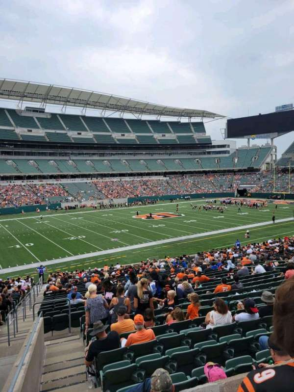 Paul Brown Stadium, section: 144, row: 32w, seat: 17